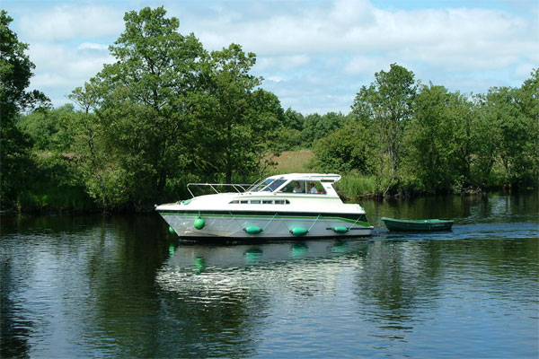 Cruisers for hire on the Shannon River - Town Star