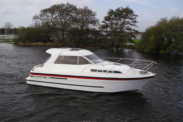Cruisers for hire on the Shannon River - Silver Stream