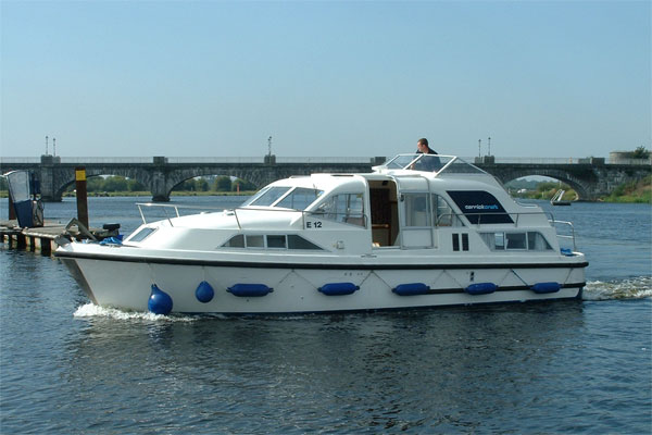 Cruisers for hire on the Shannon River - Kilkenny Class