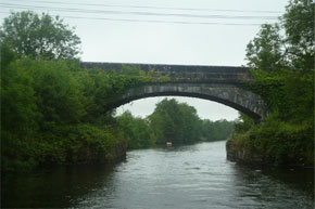 Cruising under a bridge on the way from Carrick-on-Shannon