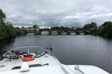 Approaching the lift bridge at Rooskey