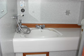 One of the two bathrooms on the Silver Crest Cruiser.