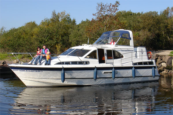 Shannon River Boats for Hire in Ireland - Noble Captain
