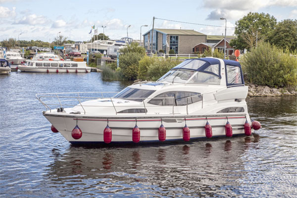 Shannon River Boats for Hire in Ireland - Silver Shadow