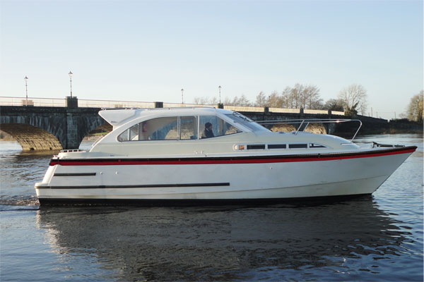 Shannon River Boats for Hire in Ireland - Silver River