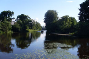 Shannon River Boat Hire Travel Guide - Belturbet