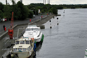 Boats moored at Shannonbridge